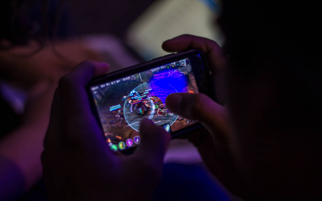 A player enjoying a match of Vainglory.