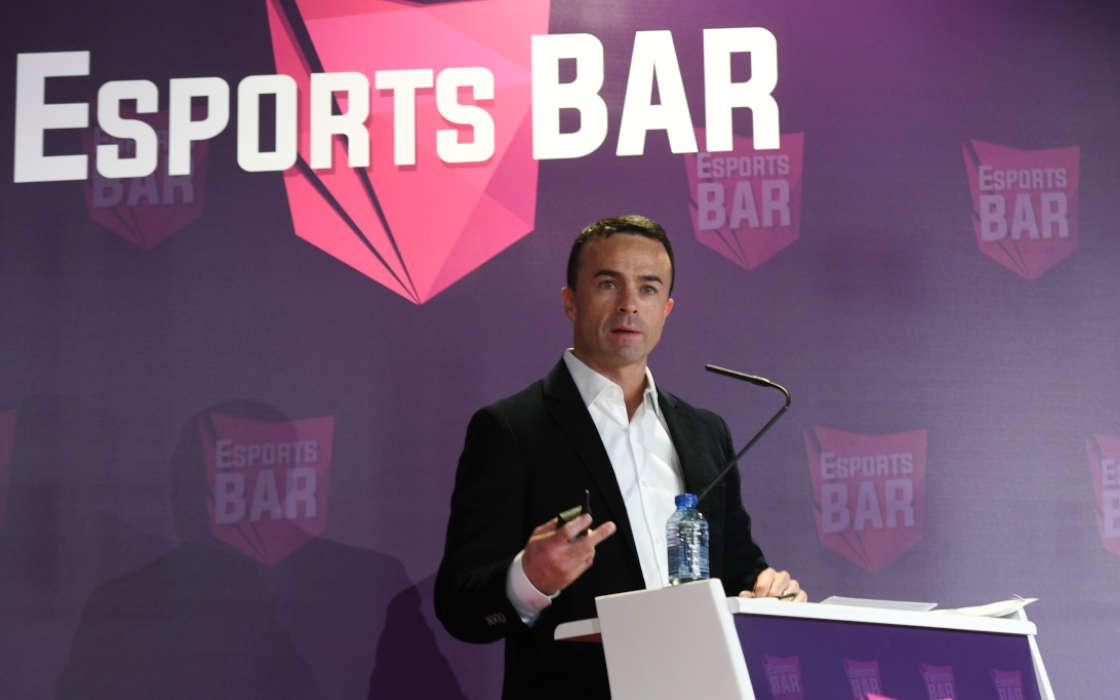 Esports BAR keynote speaker.