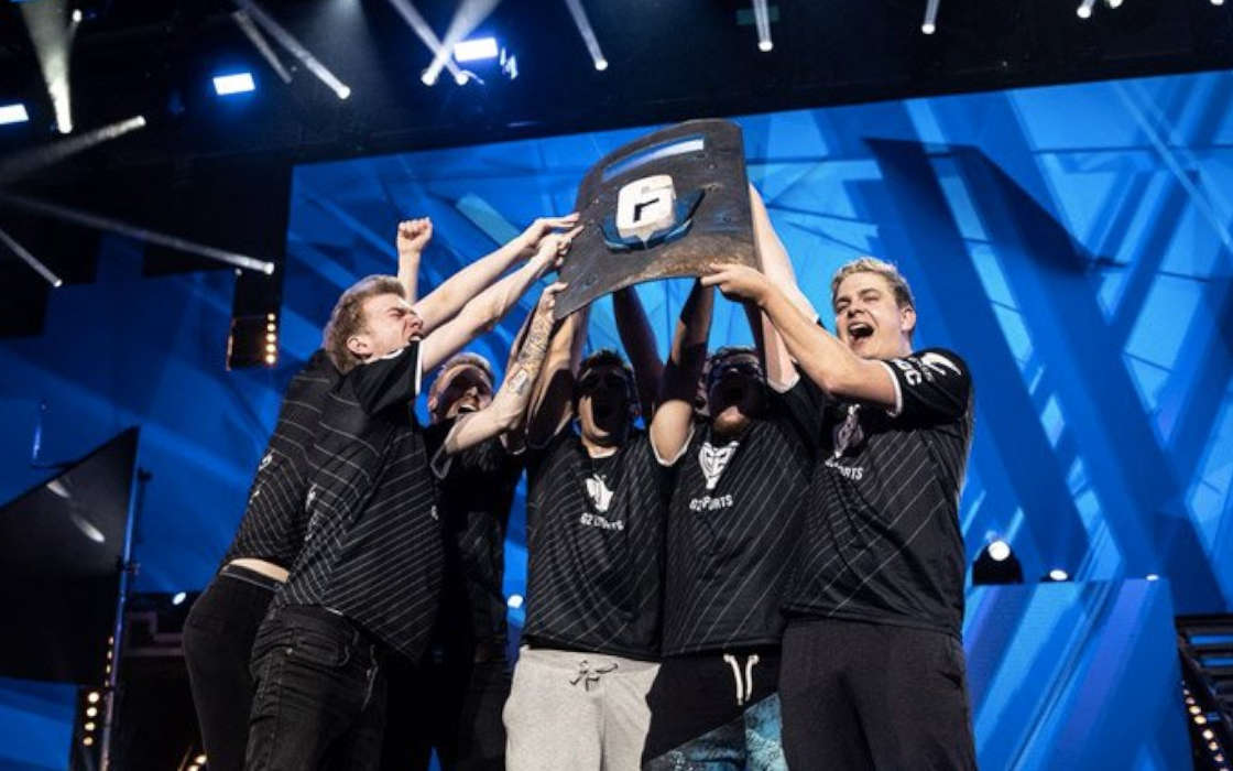 G2 win the Rainbow event in Cologne, Germany, 2016