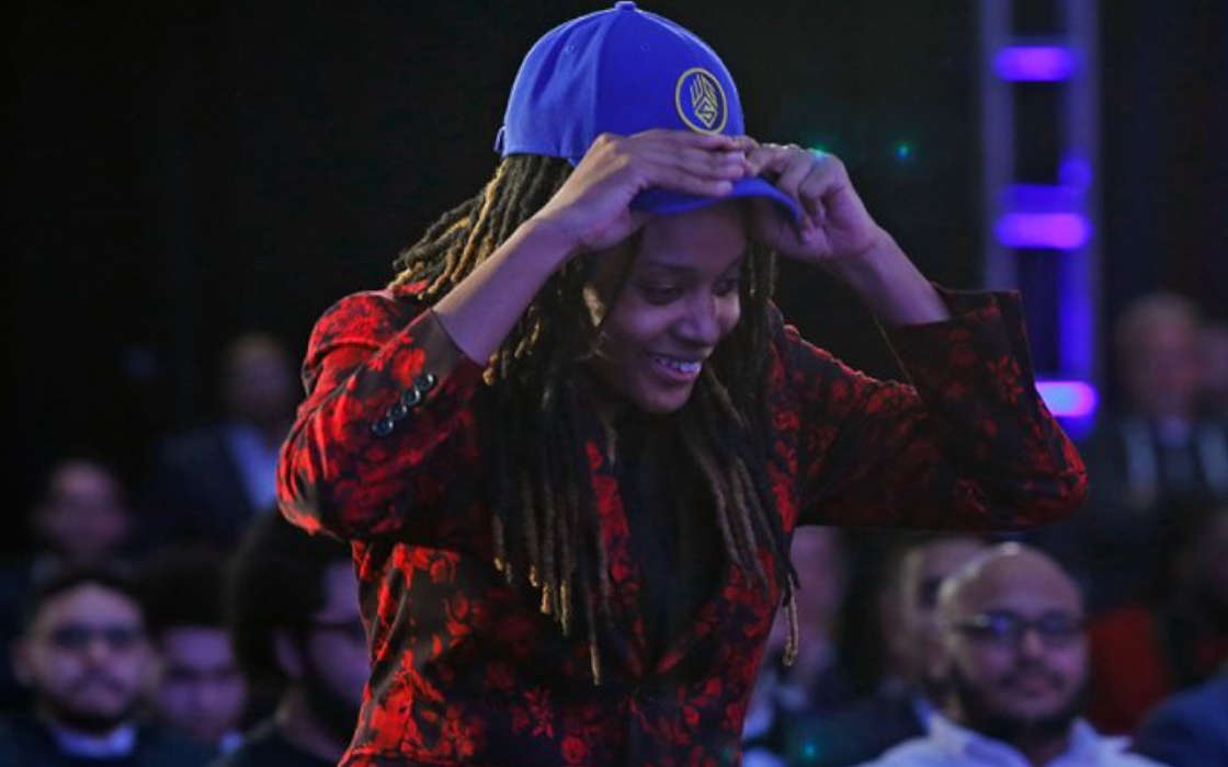NBA 2K League player Chiquita Evans being drafted in 2019.