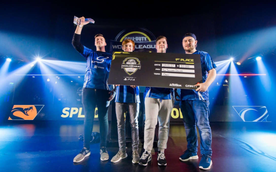 Team Splyce tops the CWL Summer Championship in 2016.