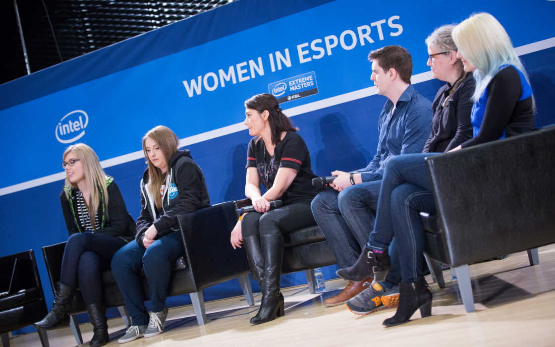 Women Esports Viewership Reaches 30.6% in Q4, 2018